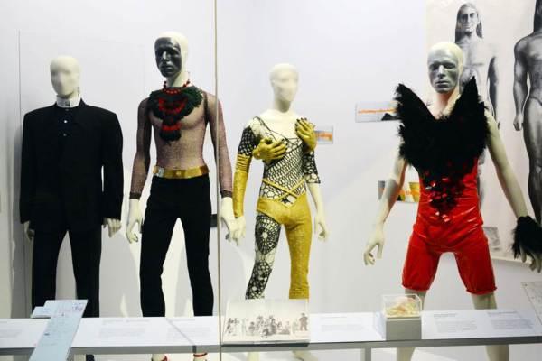David Bowie Costumes Victoria & Albert Exhibition 2013 - StyleChi