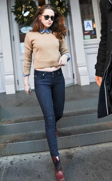Kristen Stewart Casual Jumper Shirt Sunglasses Skinny Jeans StyleChi