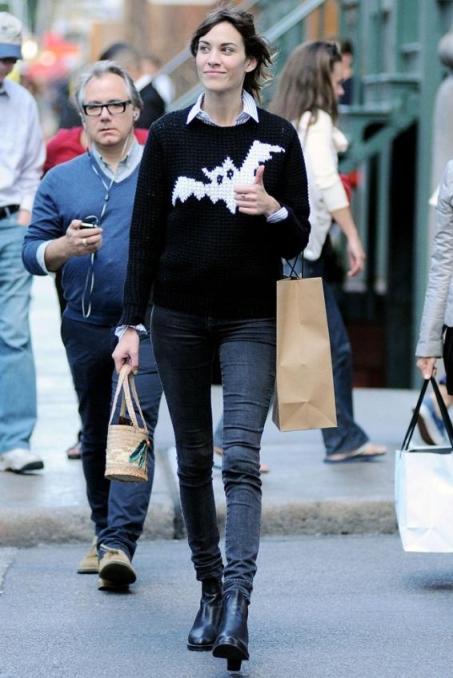 Alexa Chung Bat Knitted Jumper StyleChi