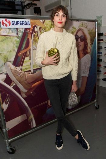 Alexa Chung Superge Knitted Jumper StyleChi
