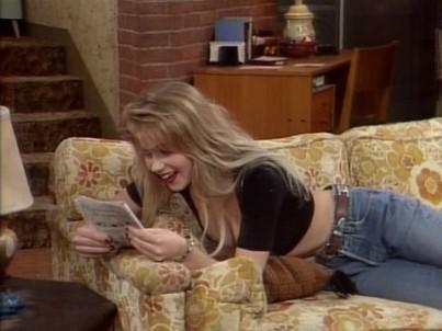 Christina Applegate Kelly Bundy Style StyleChi 8