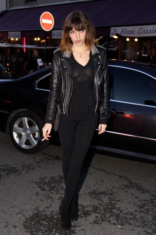 Lou Doillon Black Ensemble Givenchy Show Paris StyleChi