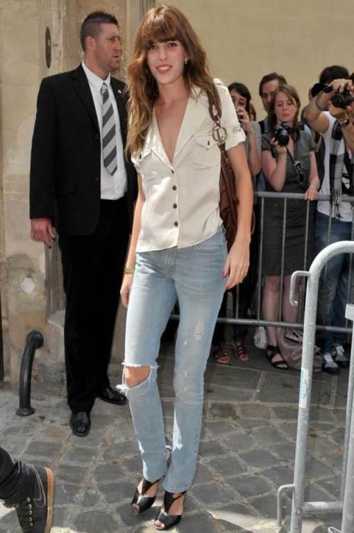Lou Doillon Ripped Jeans White Blouse StyleChi