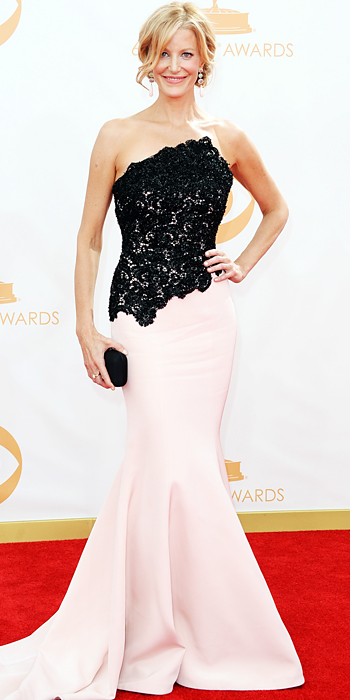 Emmy awards 2013 StyleChi -anna-gunn