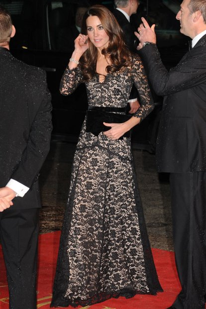 Kate Middleton Lace Gown StyleChi