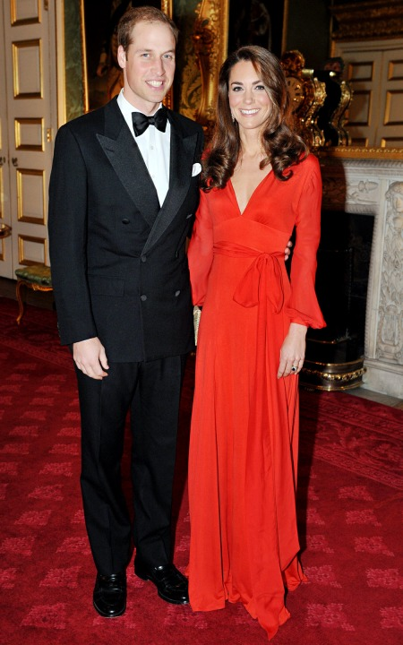 Kate Middleton Prince William Long Sleeve V-Neck Evenin Dress