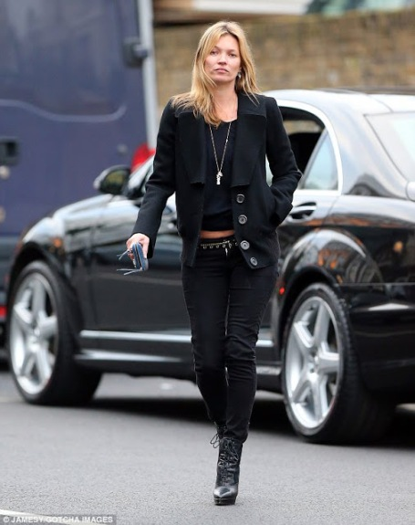 Kate Moss All Black Outfit StyleChi