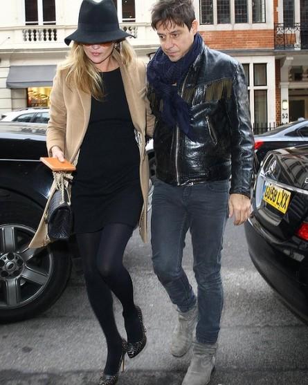 Kate Moss Beige Coat Black Dress Hat StyleChi