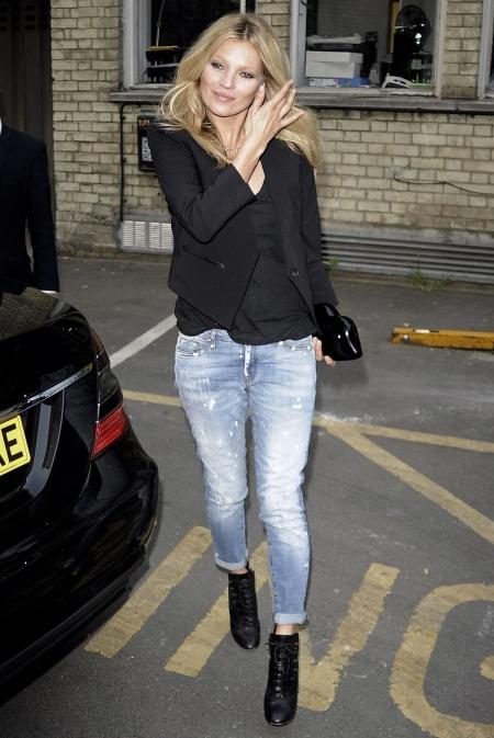 Kate-Moss Boyfriend Jeans Heels StyleChi