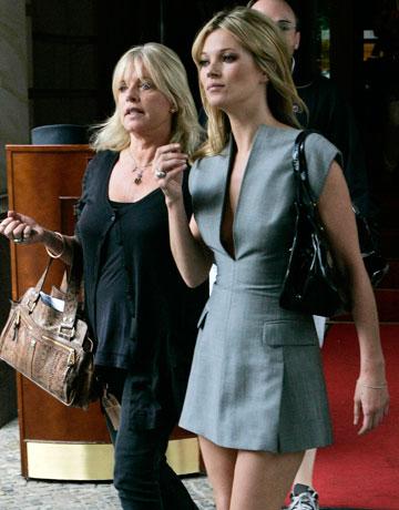 Kate-Moss Grey Dress StyleChi