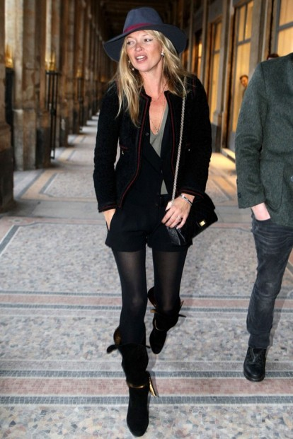 Kate Moss Paris Hat Black Outfit StyleChi