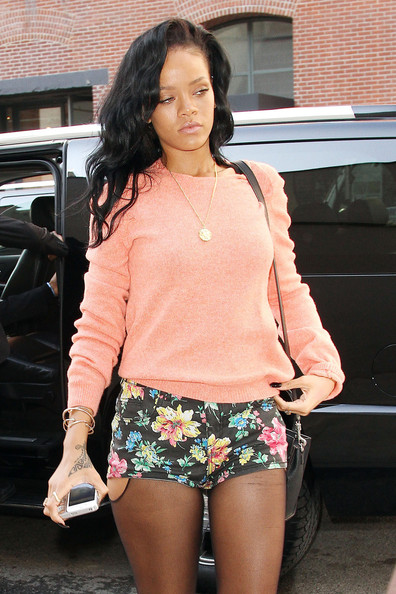 Rihanna Summer Floral Shorts Coral Knitted Sweater StyleChi