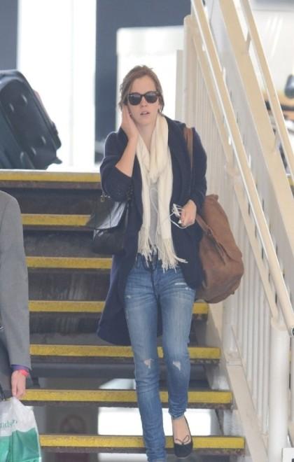 Emma Watson 2012 Casual Look Sunglasses Ripped Jeans Ballerinas Cardigan StyleChi