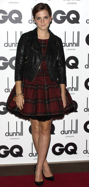 Emma Watson GQ-Men-of-the-Year-Awards Leather Jacket Tartan Puff Out Dress StyleChi