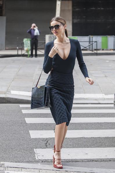 Miranda Kerr Backless Black Outfit StyleChi
