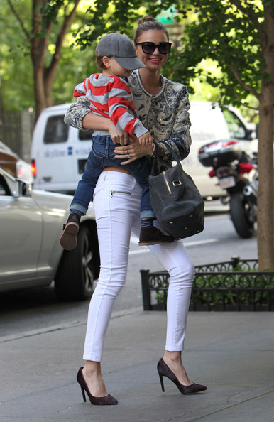 Miranda Kerr White Jeans Son StyleChi