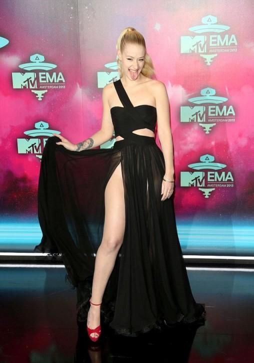 Iggy Azalea Cheeky EMA 2013 Amsterdam Black Dress Split StyleChi