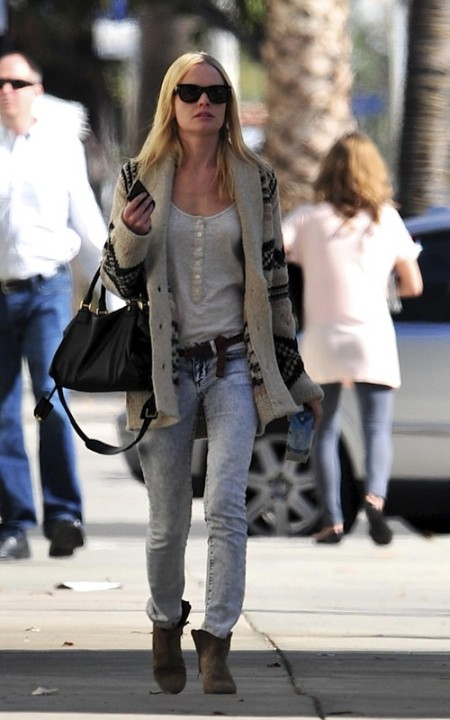 Kate Bosworth StyleChi Bleach Acid Wash Jeans Aztec Style Cardigan Beige Suede Boots Sunglasses
