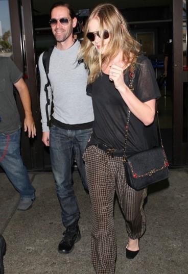 Kate Bosworth StyleChi Boyfriend Fashion Week Graphic Print Trousers Black Loose T-Shirt Sunglasses