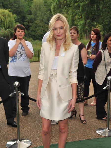 Kate Bosworth StyleChi Ivory Blazer And Skirt