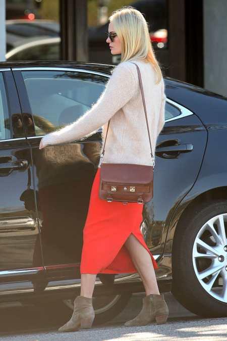 Kate Bosworth StyleChi Nude Fluffy Jumper Red Split Skirt Brown Satchel Beige Suede Boots