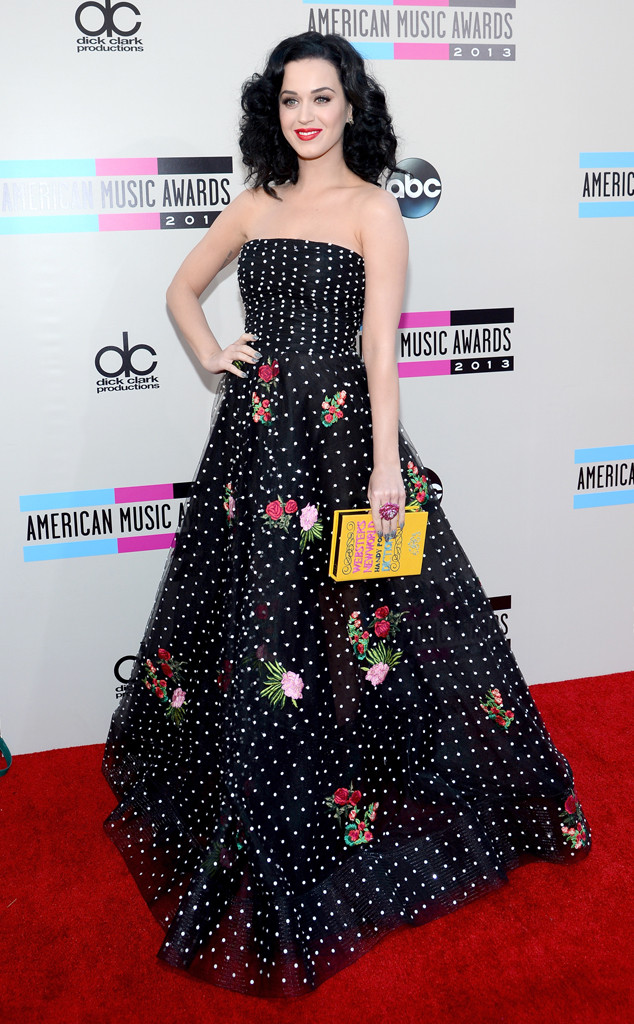 rs_634x1024-131124160243-634.Katy-Perry-3-AMA-jmd-112313 Polka Dot Black White Floral Detail Bustier Dress