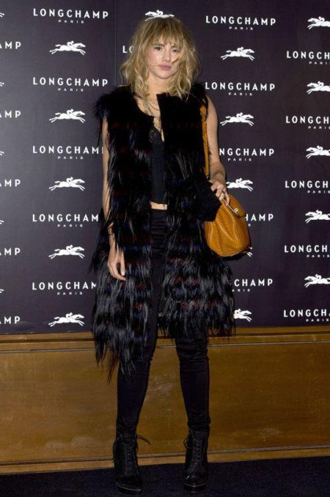 Suki Waterhouse StyleChi 2013 Sleeveless Fur Coat Mustard Bag Black Outfit
