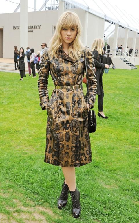 Suki Waterhouse StyleChi Burberry Leather Animal Print Trench Coat Metallic Belt Black Lace Up Peep Toe Boots