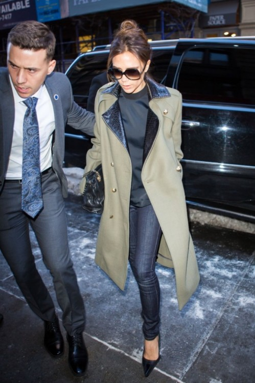 Victoria Beckham Khaki Coat Black Croc Collar SKinny Jeans Navy Black Collar Blouse Sunglasses