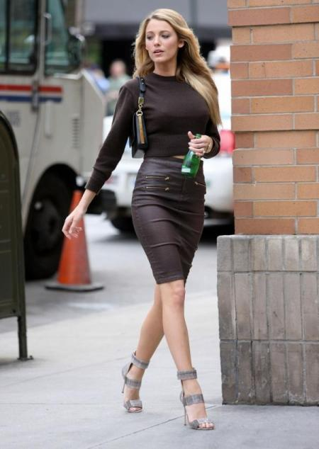 Blake Lively StyleChi 2013 Brown Cropped Sweater High Waist Pencil Zip Skirt Strappy Grey Sandals
