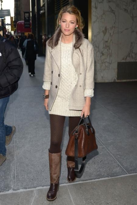 Blake Lively StyleChi Fur Collar Cream Coat Brown Bag Boots Green Earrings