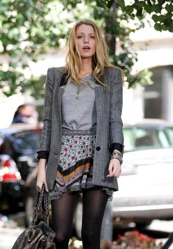 Blake Lively StyleChi Grey Jacket Black Collar Grey Sweater Patterned Skirt