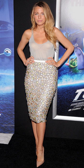 Blake Lively StyleChi Grey Tank Top Embellished Pencil Skirt Jewels Pointed Toe Nude Heels