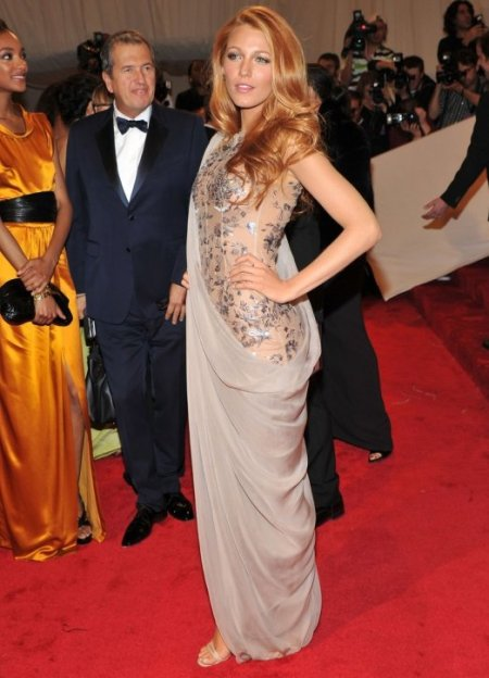 Blake Lively StyleChi Met Ball Chanel Sari Gown Grey Floral Embellishment