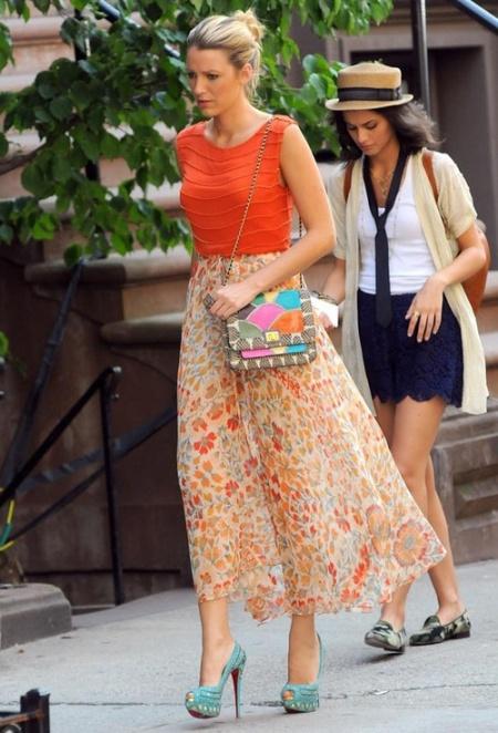 Blake Lively StyleChi Orange Ribbed Sleeveless Top FLoaty High Waist Long Floral Dress Blue Platform Peep Toe Heels
