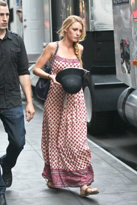 Blake Lively StyleChi Patterned Cream Pink Maxi Dress Hat