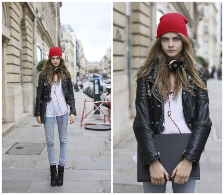 Cara Delevingne StyleChi Red Beanie Hat Black Leather Jacket Light Blue Denim Skinny Jeans White T-Short Headphones Casual Look