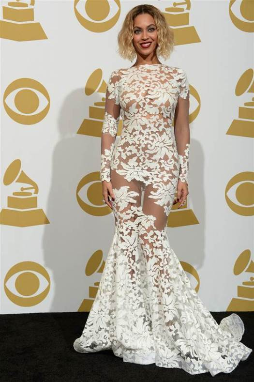 Beyonce Grammy Awards 2014 White Long Sleeved Sheer White Lace Dress StyleChi