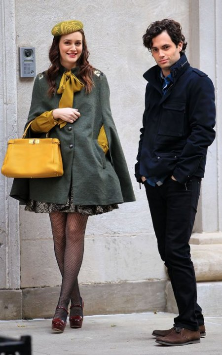 Blair Waldorf Leighton Meester StyleChi Green Cape Yellow Bag Hat Mustard Blouse Burgundy Patent Heeled Mary Janes