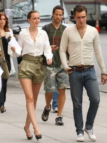 Leighton Meester Blair Waldorf StyleChi Green Khaki Scallop Edge Shorts White Blouse Peep Toe Heels Updo