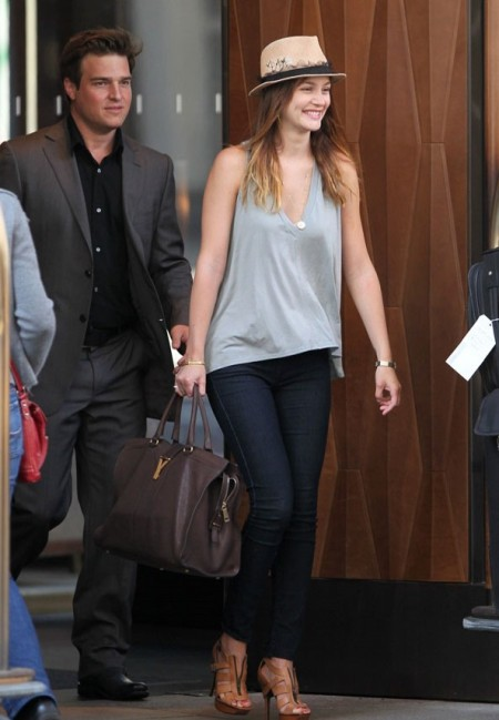 Leighton Meester StyleChi Blue Grey V-Neck Sleeveless Top Skinny Jeans Hat Brown Heeled Sandals Casual