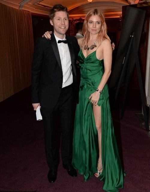 Sienna Miller StyleChi British Fashion Awards 2013 Emerald Green This Strap Satin Split Dress
