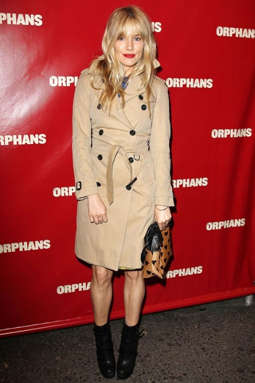 Sienna Miller StyleChi Fringe Red Lip Burberry Trench Coat Brown Black Heart Pattern Bag Black Boots