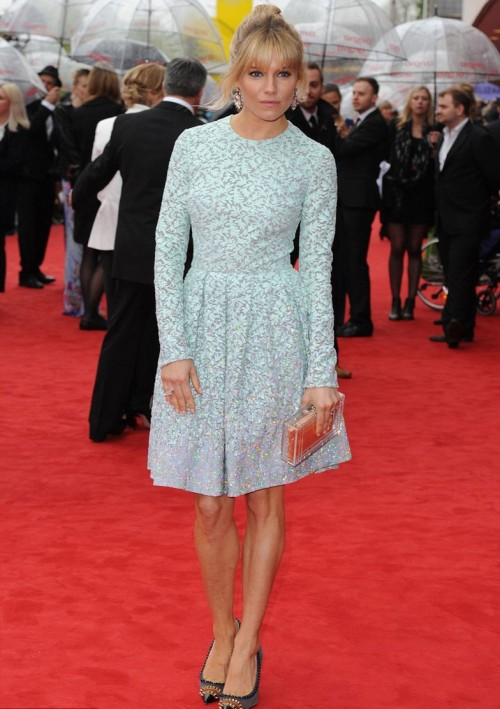Sienna Miller StyleChi Light Blue Long Sleeve Over The Knee Lace Glitzy Dress See Through Clutch Studed Heels Red Carpet