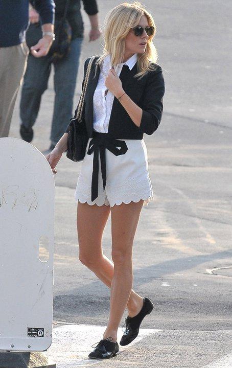 Sienna Miller StyleChi Scallop Trim Cream Shorts Black Derby Shoes Knot Tie Jacket White SHirt Sunglasses