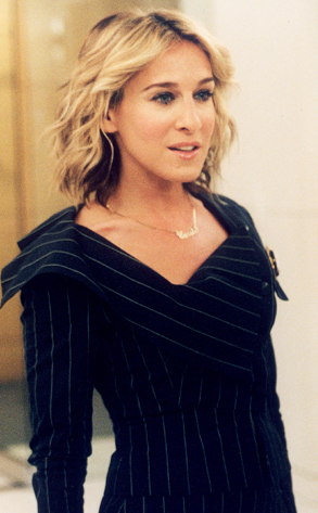 Carrie-Bradshaw-SATC-SJP-Best-Looks-StyleChi-Navy-Pinstripe-Asymmetric-Suit-Short-Hair