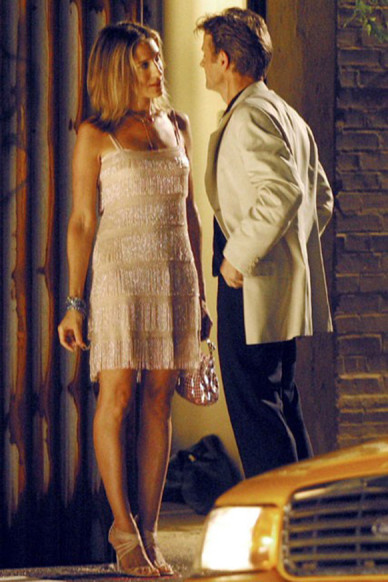 Carrie-Bradshaw-Sex-And-The-City-Sarah-Jessica-Parker-Best-Looks-StyleChi-20s-Cream-Gold-Tiered-Beaded-Mini-Dress-Aleksandr-Petrovsky