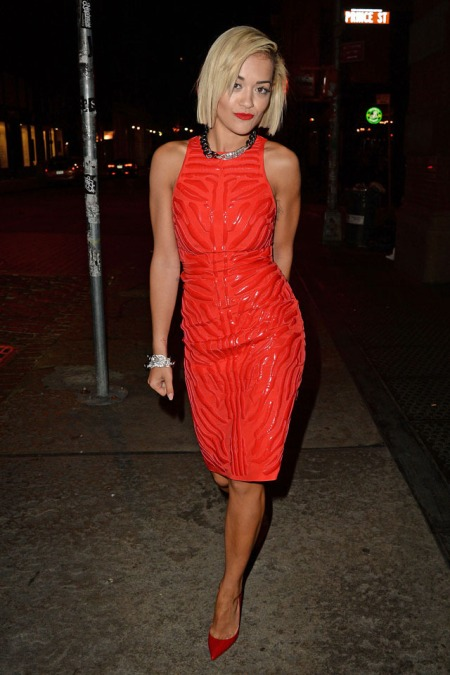 Rita Ora Sleeveless Red Dress Textured Pattern Silver Chain Necklace Pointed Heels Short Hair