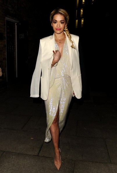 Rita Ora StyleChi 2013 Brit Awards Diane Von Furstenberg White Knotted Seguin Glitter Dress Blazer Nude Pointed Heels Plait
