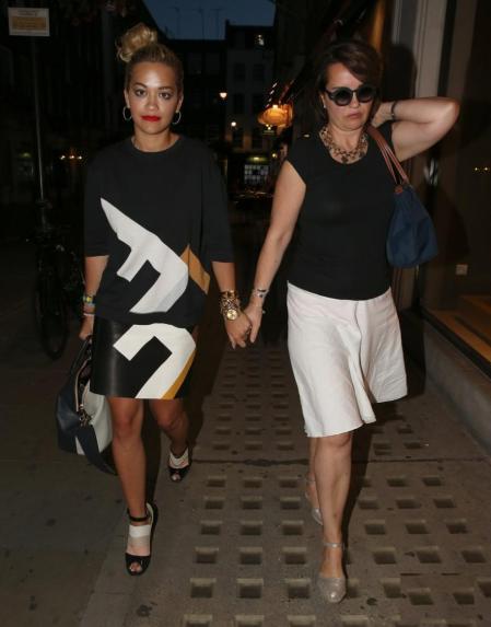 Rita Ora StyleChi Matching Jumper SKirt Black White Beige Grapgic Print Peep Toe Heels